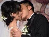 盘点明星夫妻亲吻照