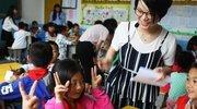 福建山区400名留守儿童喜领爱心物资