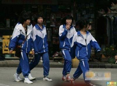 安阳市第六中学校服_为什么中国的校服要做得这么丑?