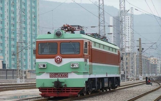 电力机车(ss3):     1