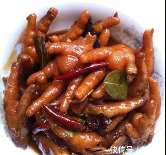 <b>分享几道简单美味的家常菜,家里来客不用愁,直接上手做给客人吃</b>