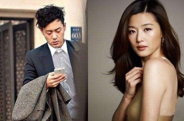 全智贤是在2012年4月13日和韩服设计师李英熙的外孙崔俊赫结婚,2016