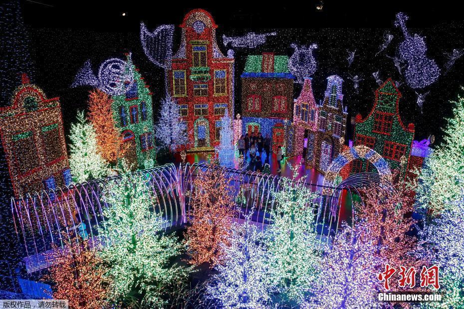 新加坡环球影城大型灯光秀 82万个灯泡创纪录 - 周公乐 - xinhua8848 的博客