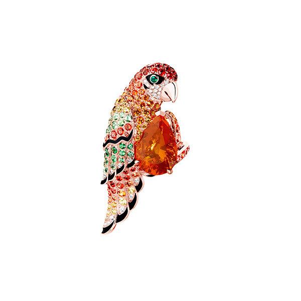 cetion动物系列萃选至臻宝石,独特色彩组合构成夺目迷人的渐变效果.