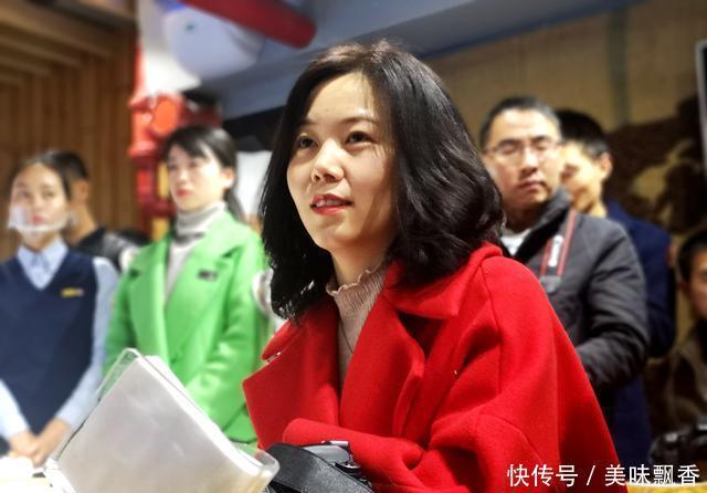 你说哈,广元人第一个吃中国好蛋糕的居然是她,你认识?