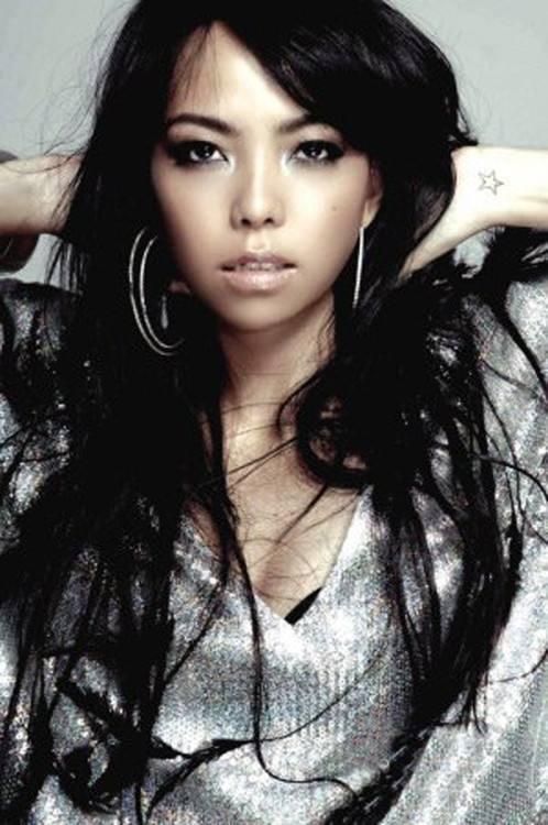 狮子座的张惠妹:我可以把任何地方当成舞台。
