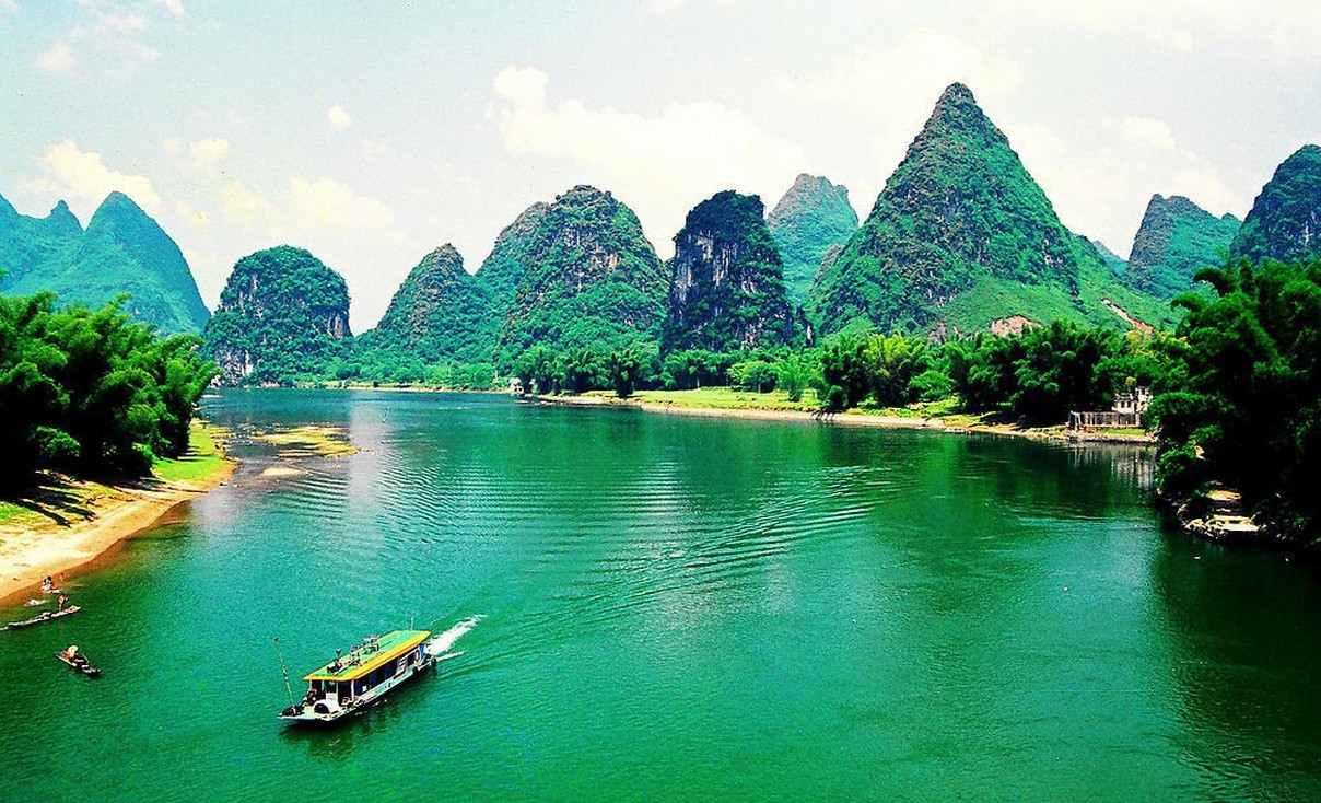 广西:桂平西山,桂林漓江