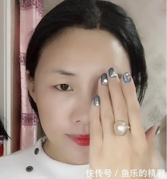刘嘉玲翻牌仿妆_刘嘉玲翻牌网友仿妆,惊呼:这妆化的比刘嘉玲还要好
