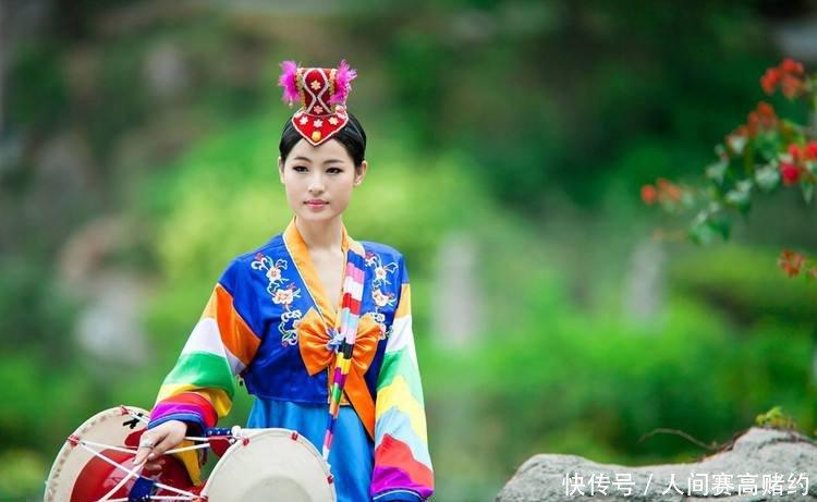 中国有俄罗斯族、蒙古族、朝鲜族,都会说中文