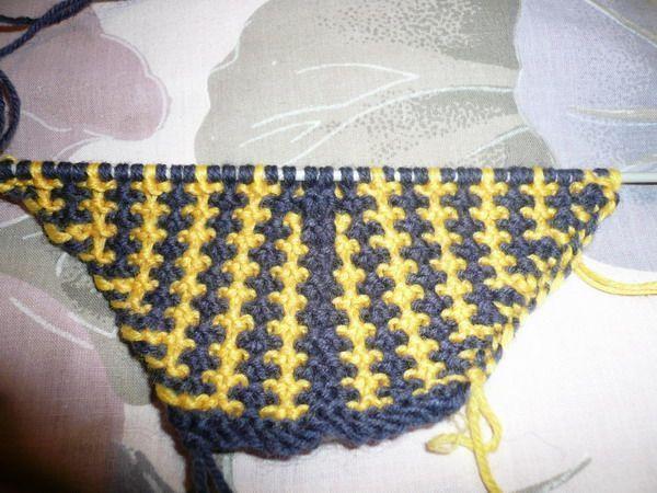 棒针织围巾起针视频_棒针围巾颈上添花变小脸组图