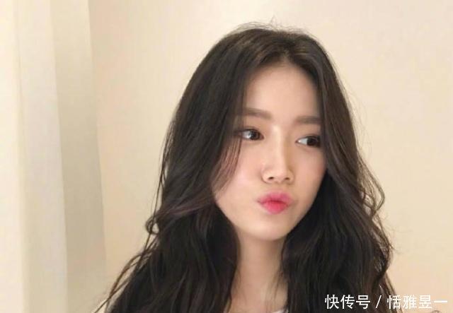 方脸的人剪空气刘海加八字刘海的发型可以吗