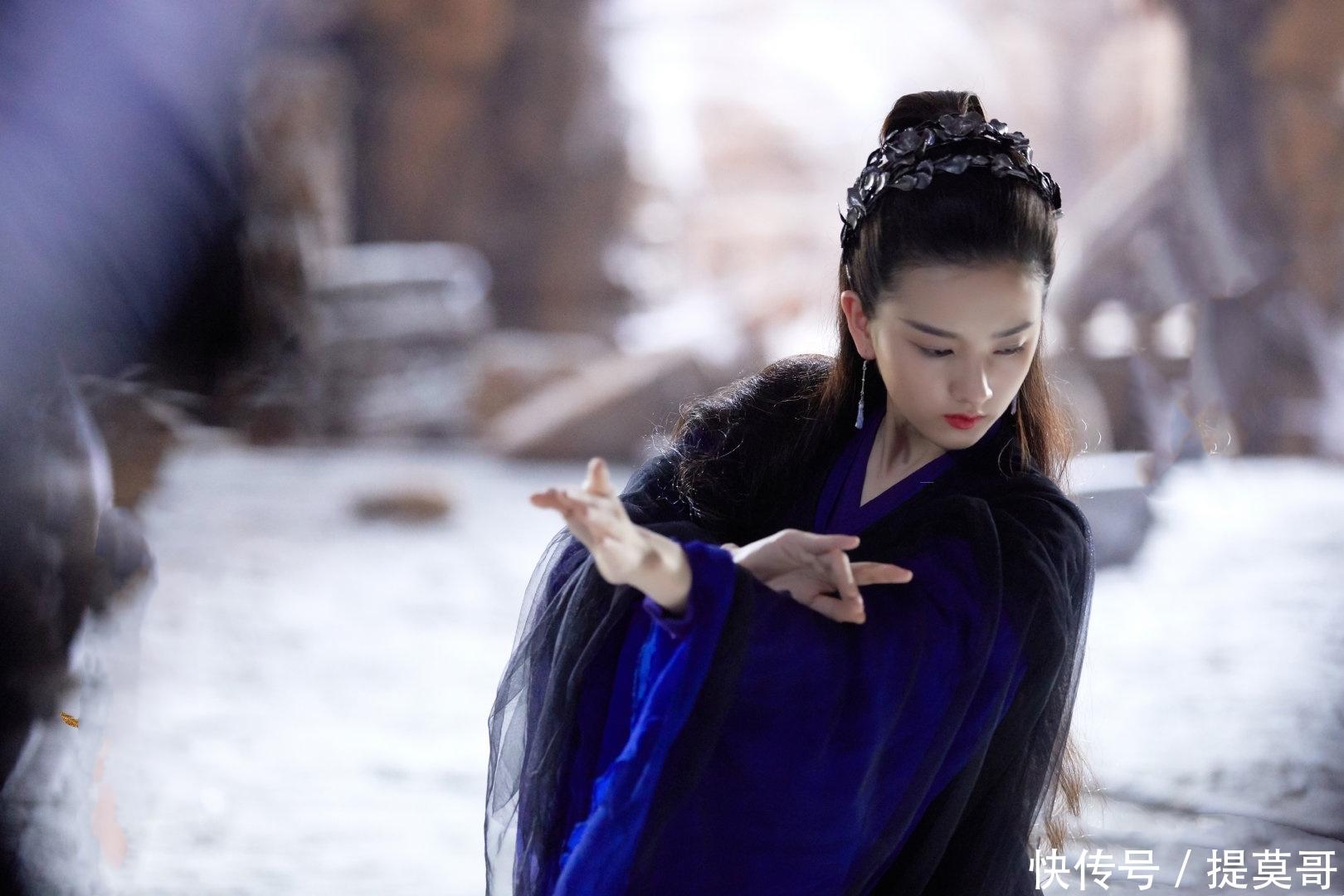 <b>羽然挽留姬野失败后,成为女祭司一袭紫衣充满神秘,结局最悲女主</b>