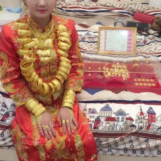 18岁女孩订婚 收到288万现钞聘金 - 周公乐 - xinhua8848 的博客