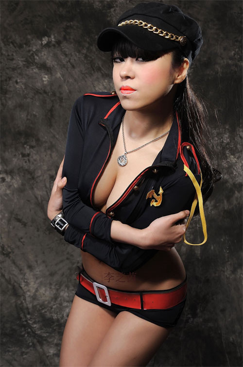 李芝茵,知名平面模特,社会名人,自由作家,设计师.
