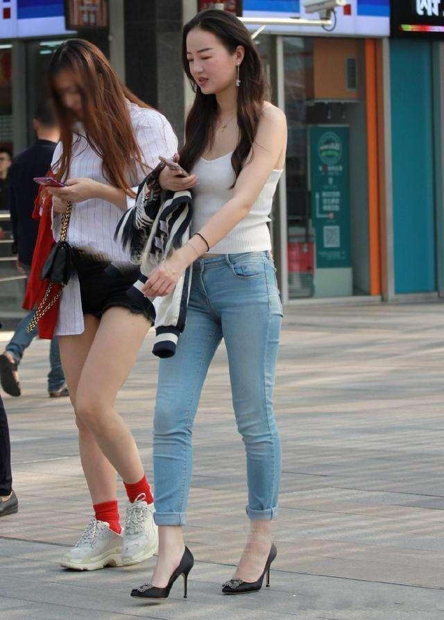 适合质的长腿白姐姐小颜色,a姐姐搭配,这发型也胖人头发有气染什么皮肤的图片