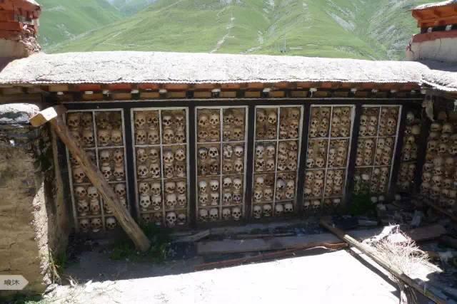 达摩寺:没有几个人有缘走近的西藏骷髅墙                    【图文转载】 - 兰州李老汉 - 兰州李老汉(五级拍客)