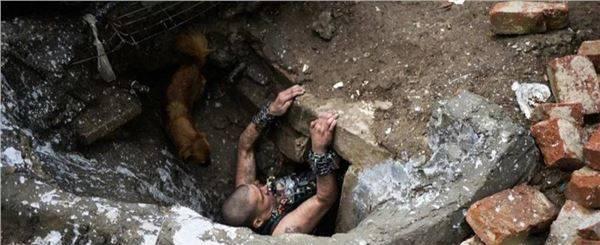 全球最大的下水道贫民窟,居住着6千多人,活着却是为了等待死亡_图1