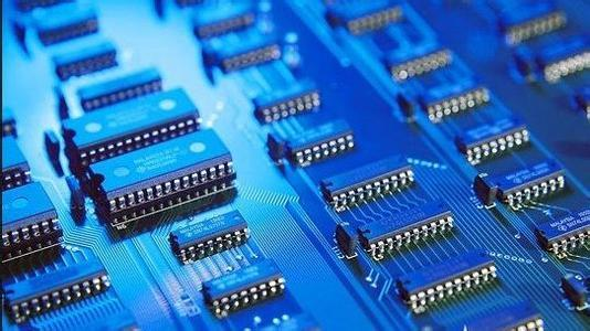 """地方""""芯片""""之战:中国或迎集成电路产业第三次国际转移"""