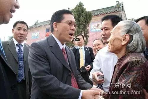 南美苏里南:华人曾当总统客家话是法定语言 - 一统江山 - 一统江山的博客
