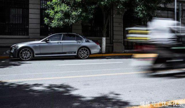 奔驰AMG是一种信仰,而E43的AMG是一种开始!