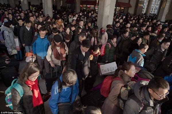 老外航拍中国节后返程:这样的高速震惊了 - 一统江山 - 一统江山的博客