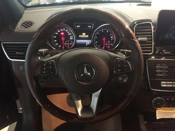 17款奔驰gls450美版天津港现车报价多少钱