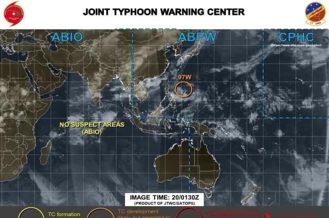 又是双风暴共舞热带低压恐将升级成台风,气象专家:路径分歧大