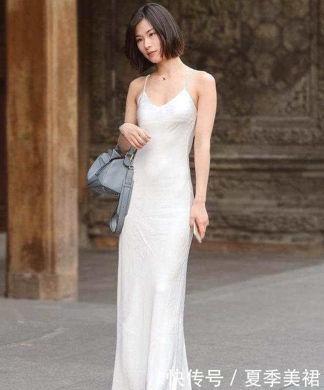 美丽如花的女人,夏季依旧需要连衣裙的陪衬,这些是你不错的选择