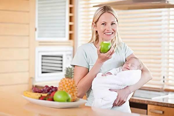 婆婆逼她生儿子,她第三次剖腹产,打开肚子时医生惊呆了!! - 周公乐 - xinhua8848 的博客