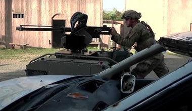 美军测试军用机器人 机械战警时代即将来临?