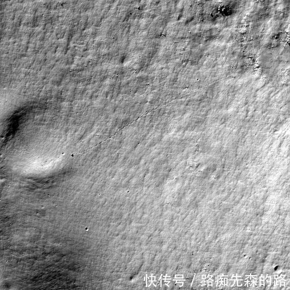 月球上一块巨大岩石神秘滚动了1000米,没有人知道是什么原因