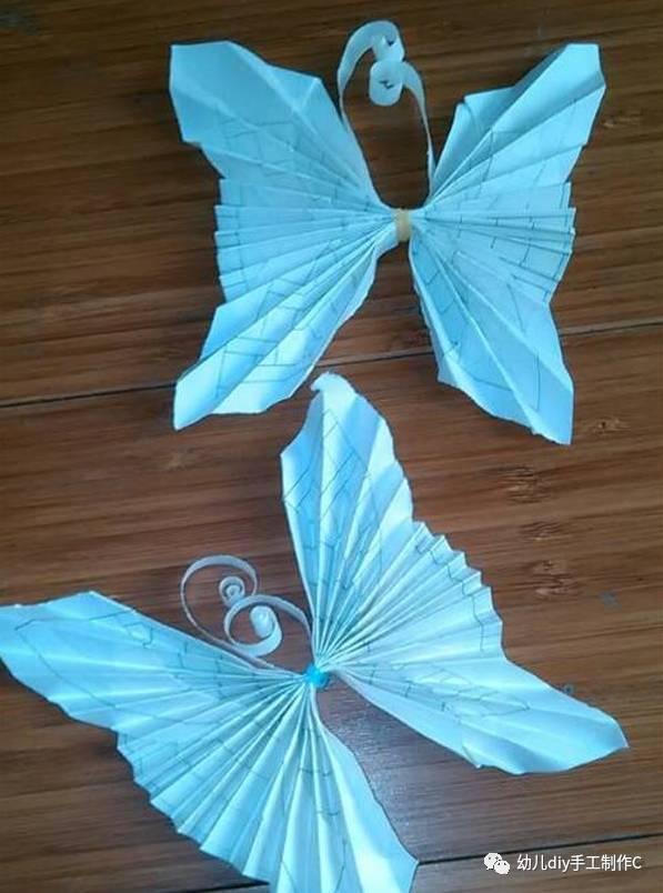 手工折纸大全图解,蝴蝶手工折纸非常简单,用普通的长方形纸就可以折.