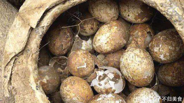 2000多年的古墓鸡蛋出土,石家庄的土鸡蛋品质如何呢?
