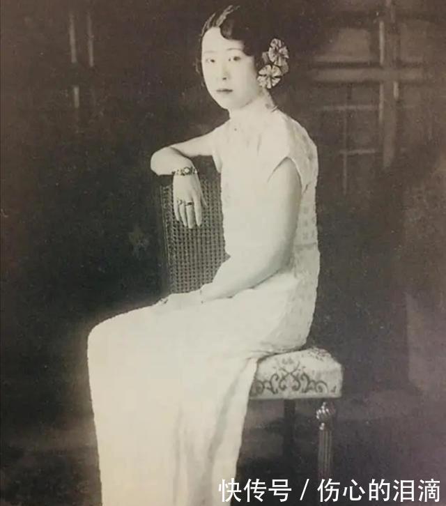 历史罕见照片,披婚纱的林徽因气质如兰,穿短裤的赵一荻翩若惊鸿