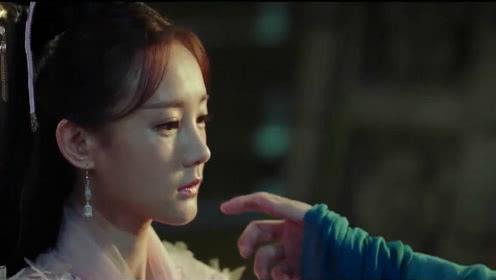 晚媚摘下面罩跟公子说话,公子心疼的想触摸她的脸