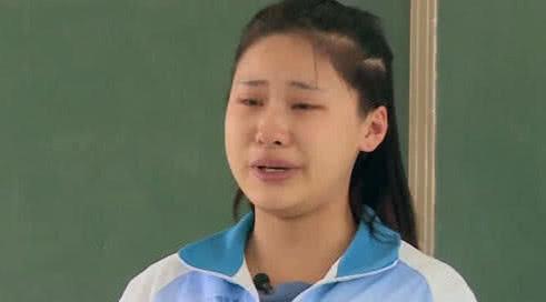 v近照近照杨馥宇女生,颜值逆天美得认不出,这身女孩的居家图片