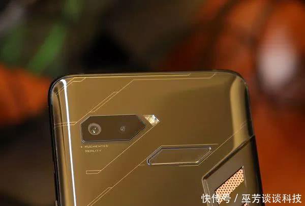 game ch的anger:asus 华硕 发布 rog phone 电竞手机!