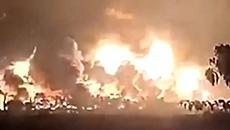 印尼一炼油厂爆炸起火