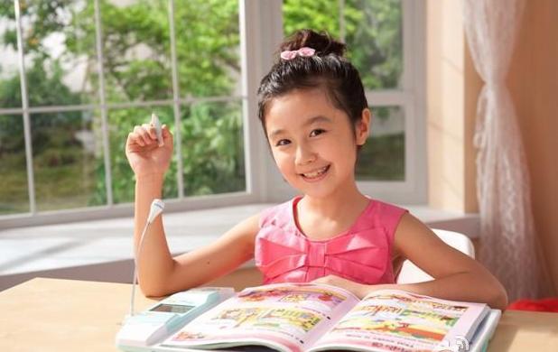点读机女孩高考成绩曝光是多少妈妈再也不用担心我的学习!