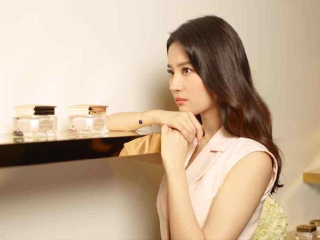女神乞丐装你喜欢谁?赵丽颖最真实、刘亦菲最美丽!