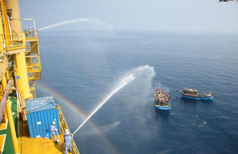 越南在中国南海油气田捣乱:用水炮驱赶 - 一统江山 - 一统江山的博客