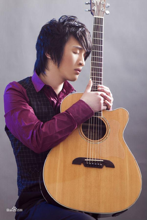 叶锐文铁血丹心吉他谱分享_叶锐文铁血丹心吉他谱图片下载; 图片