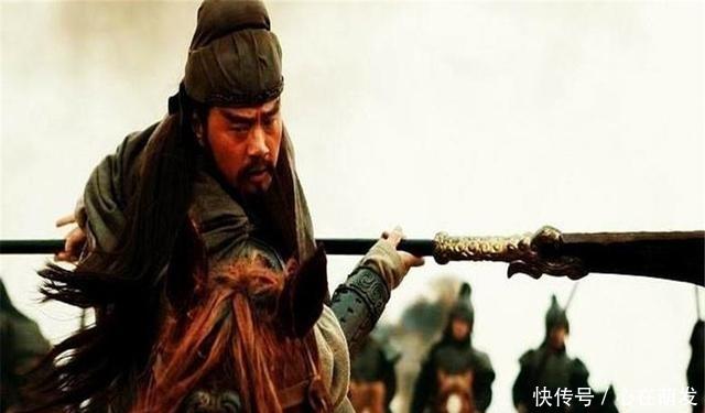 <b>没有吕蒙偷袭荆州,关羽能否斩杀徐晃?罗公在演义中三次暗示结局</b>